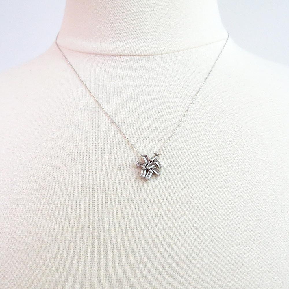 WHITE GOLD WHITE TOPAZ CLUSTER NECKLACE