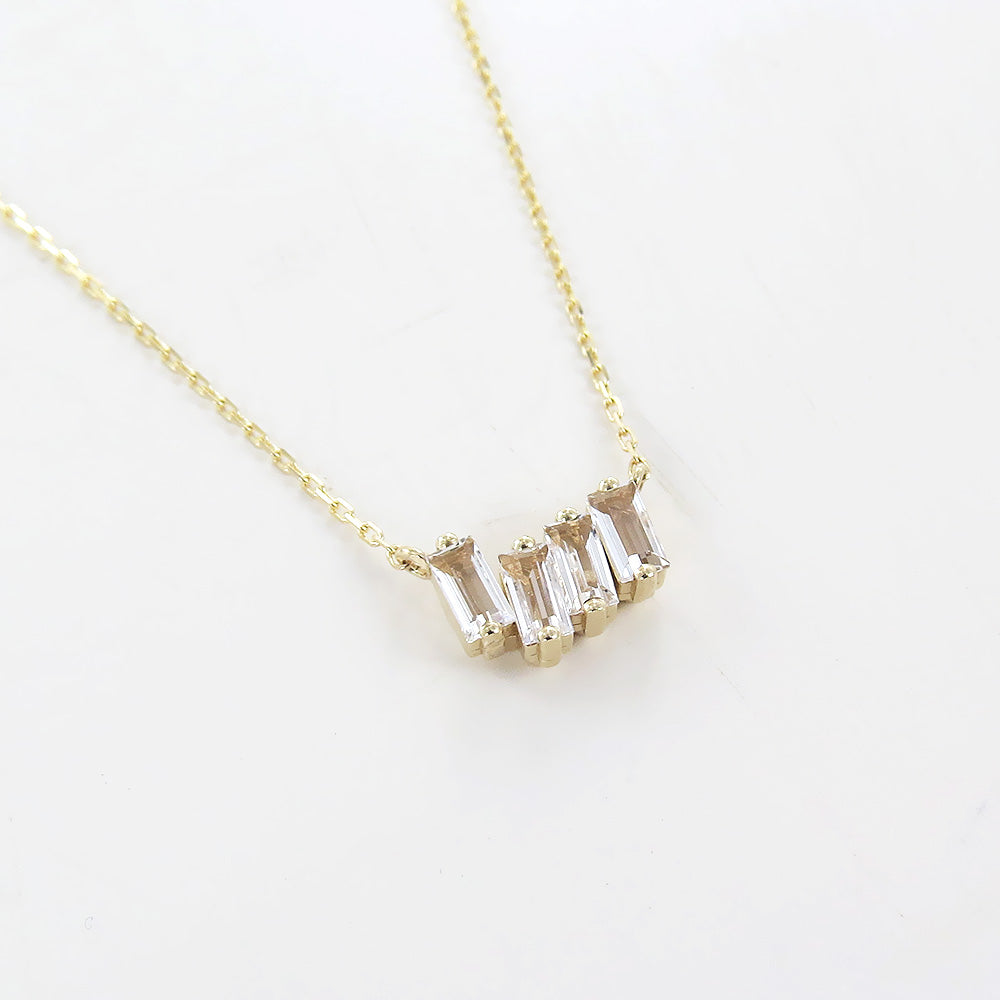 YELLOW GOLD WHITE TOPAZ NECKLACE