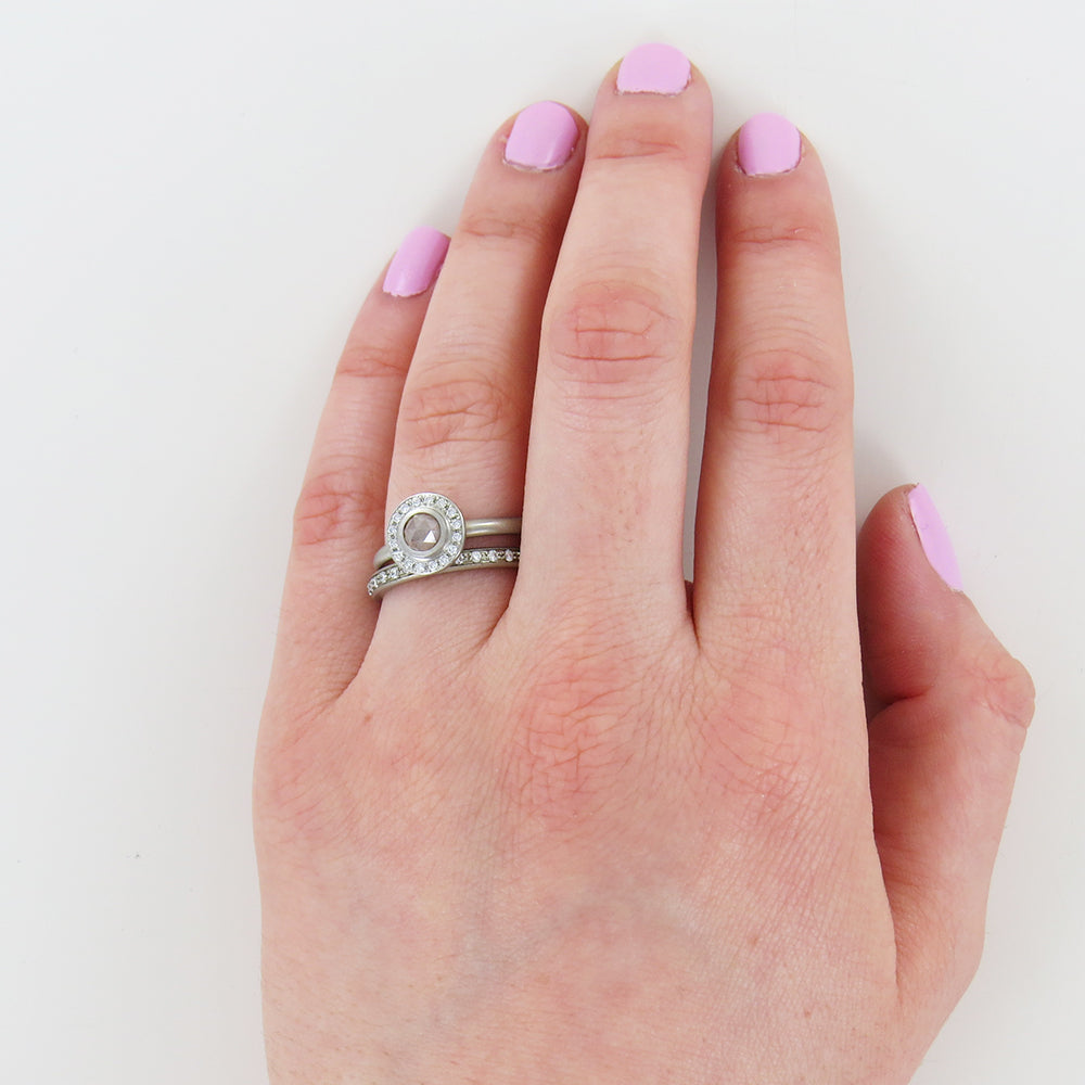 TAUPE DIAMOND SILVER RING