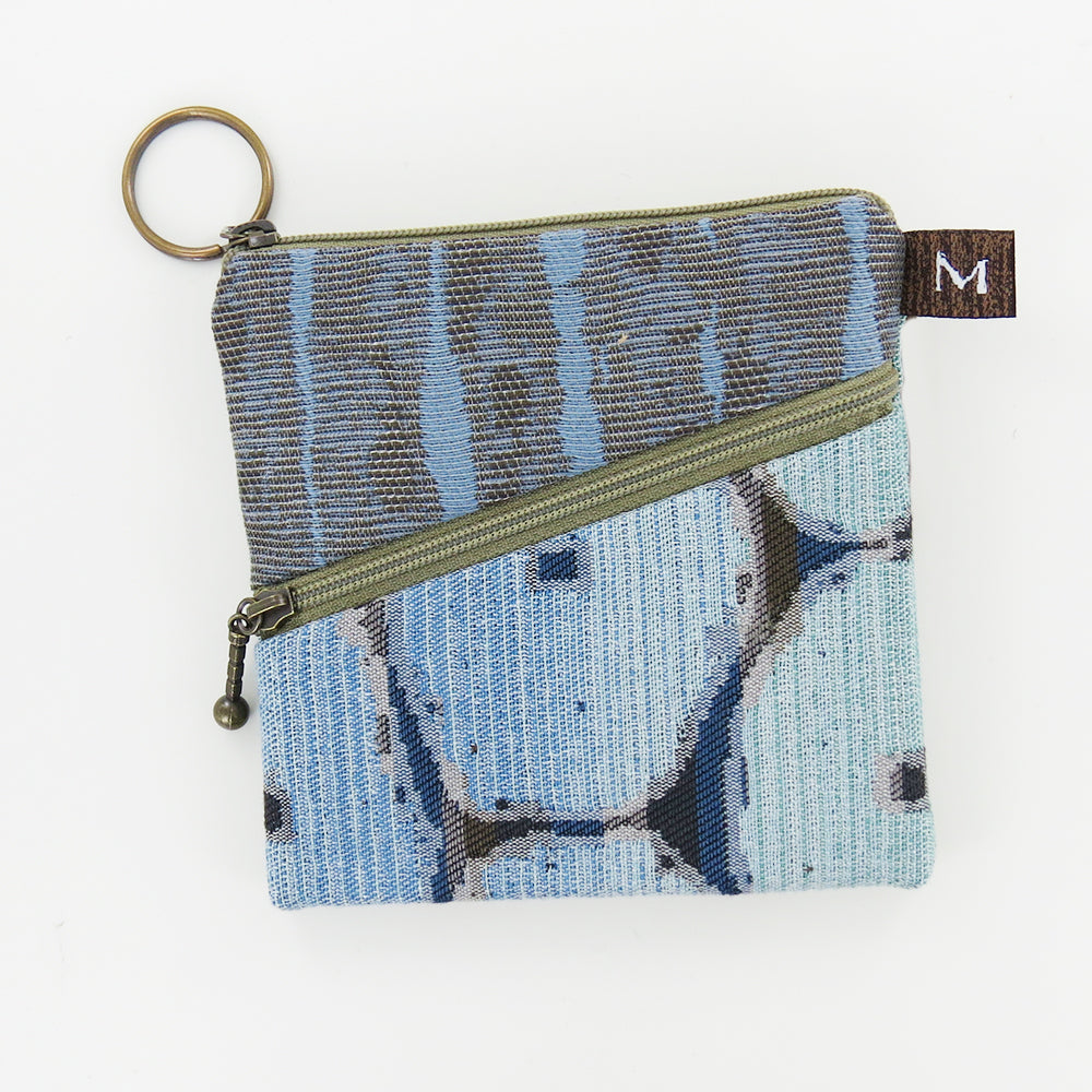 ROO POUCH IN SAND DOLLAR