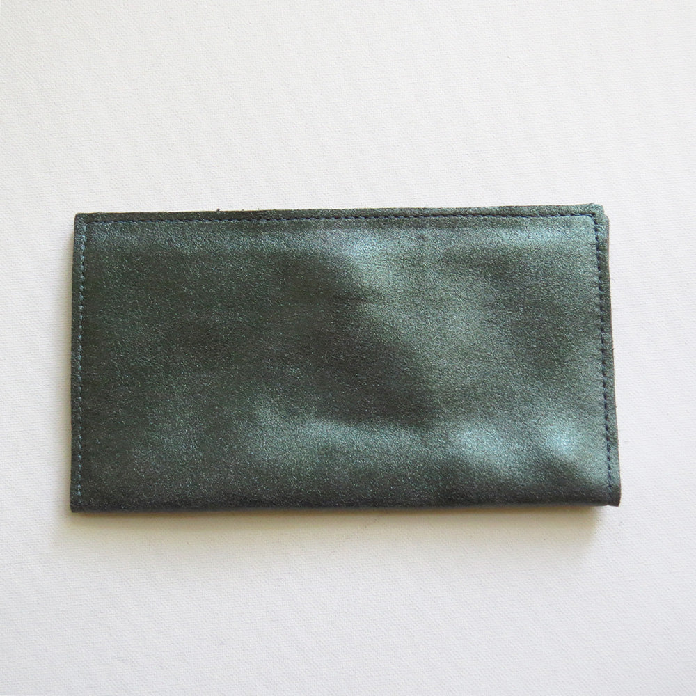 SARAH WALLET IN EVERGREEN WITH SMOKE