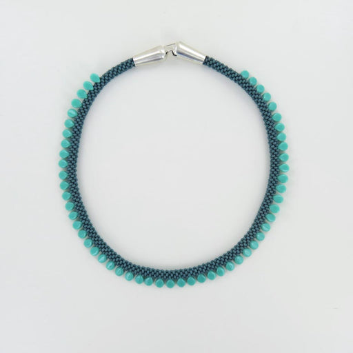 OLIVE AND TURQUOISE SHORT ORNELA NECKLACE