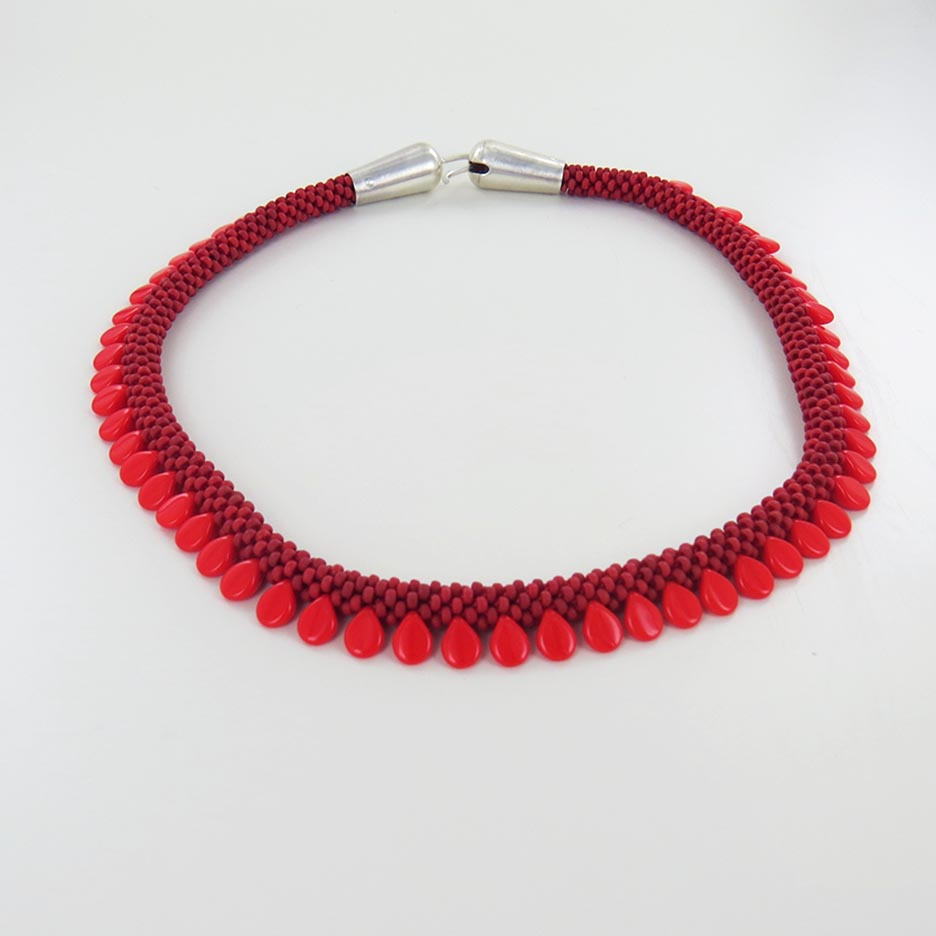 RED AND TURQUOISE LONG ORNELA NECKLACE