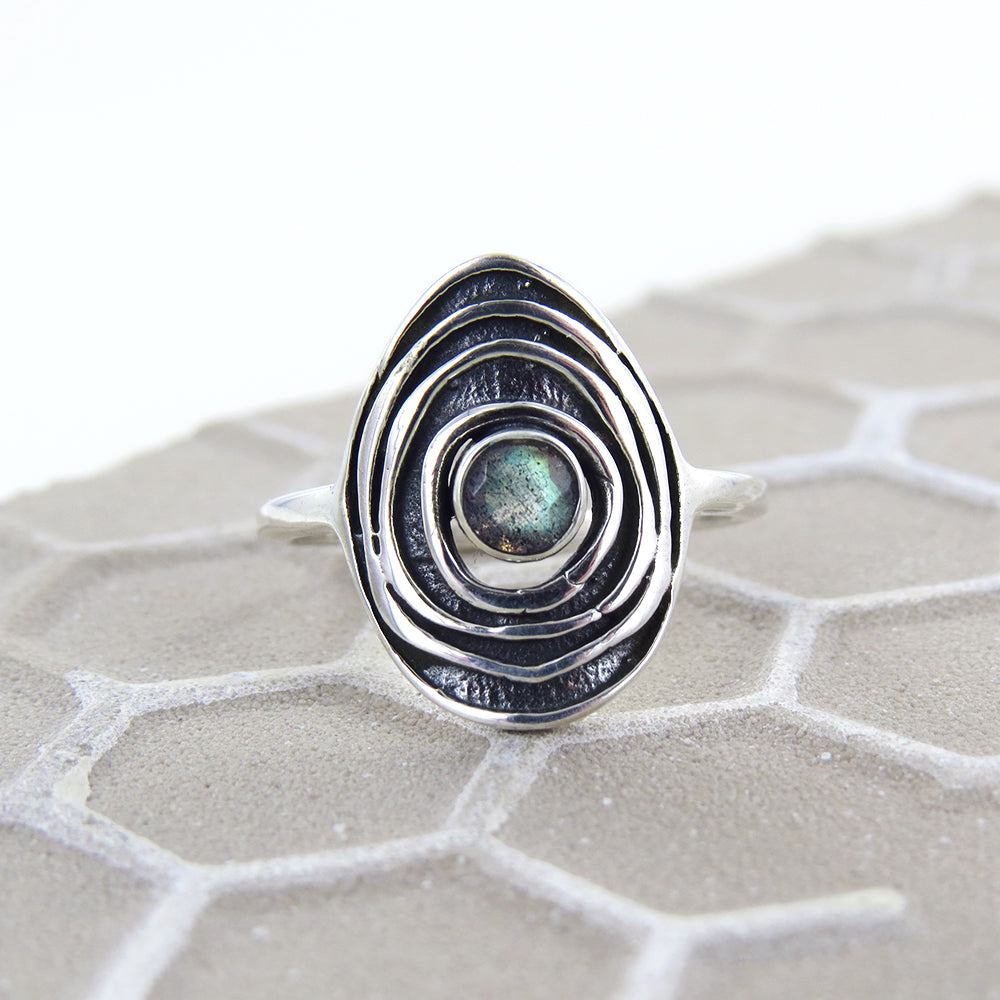 SILVER RIPPLE STONE RING