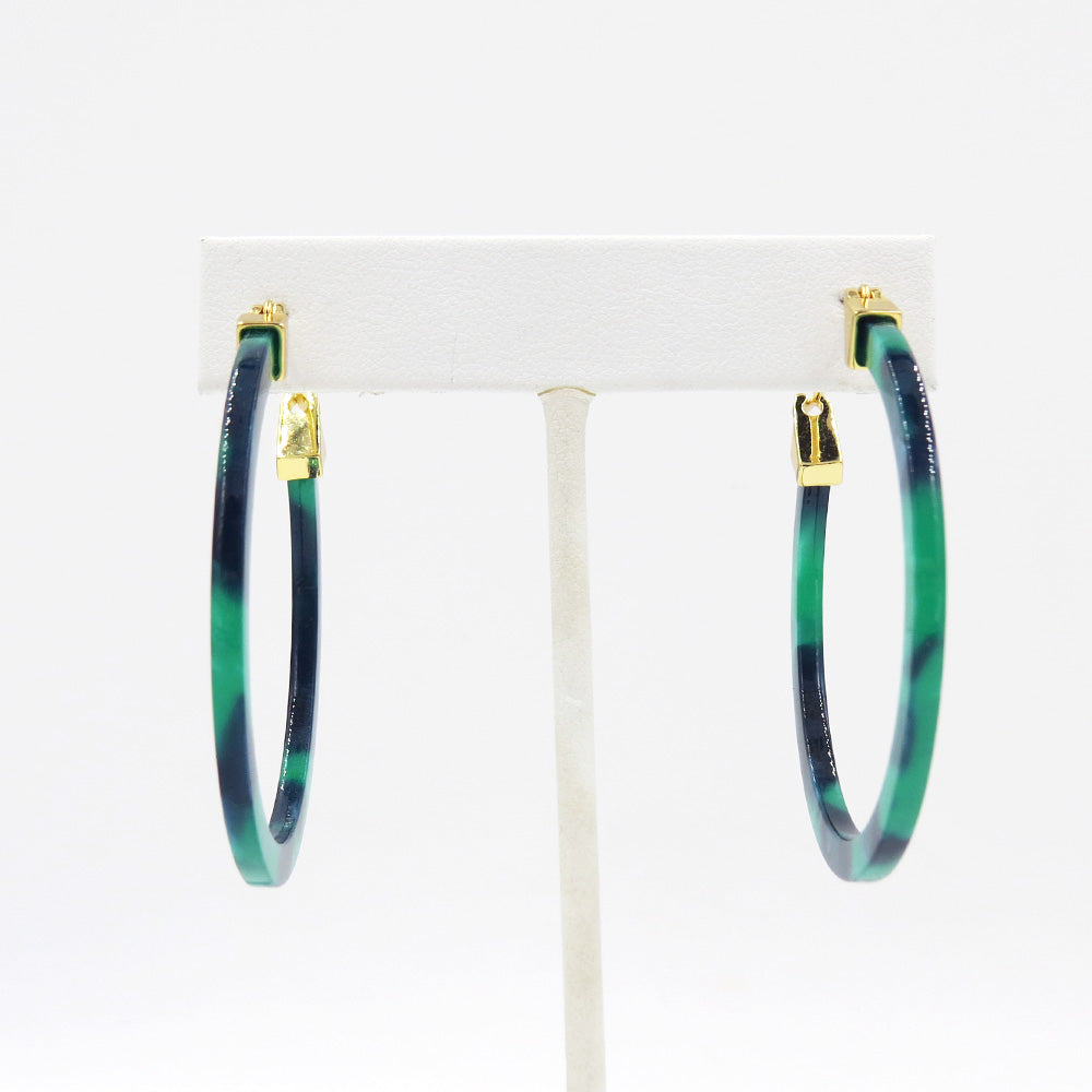 EMERALD RESIN HOOP EARRING 50mm