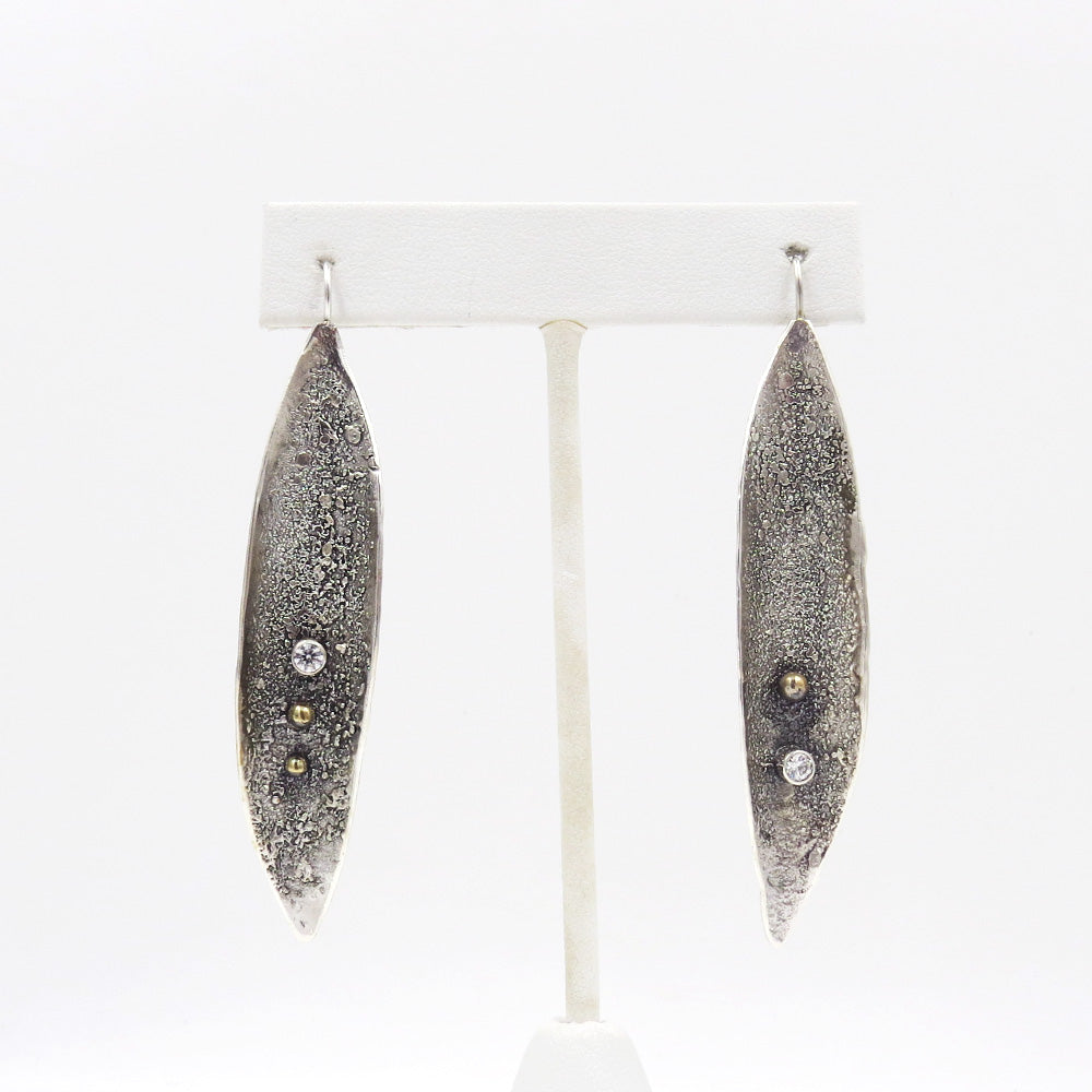 RETICULATED EARRING WITH CLEAR 3MM STONE STERLING