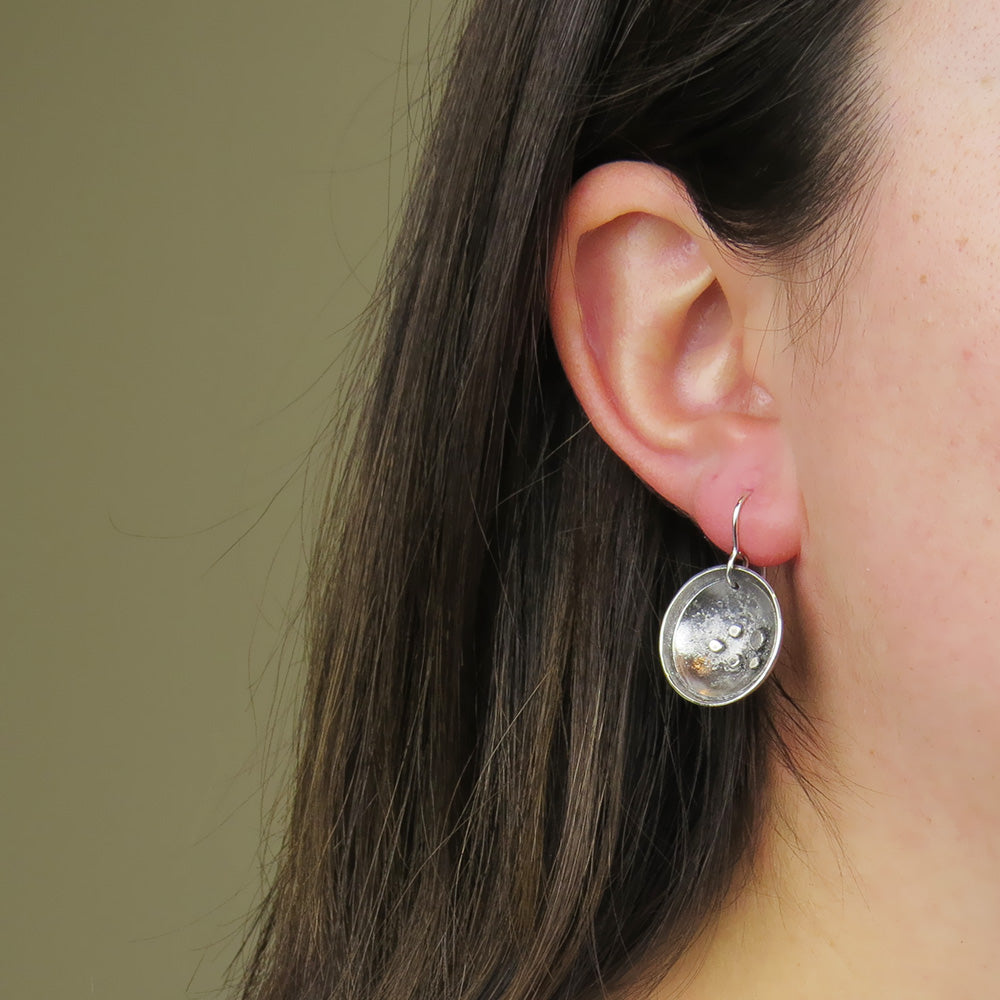 STERLING SILVER RETICULATED EARRING WITH PATINA FI