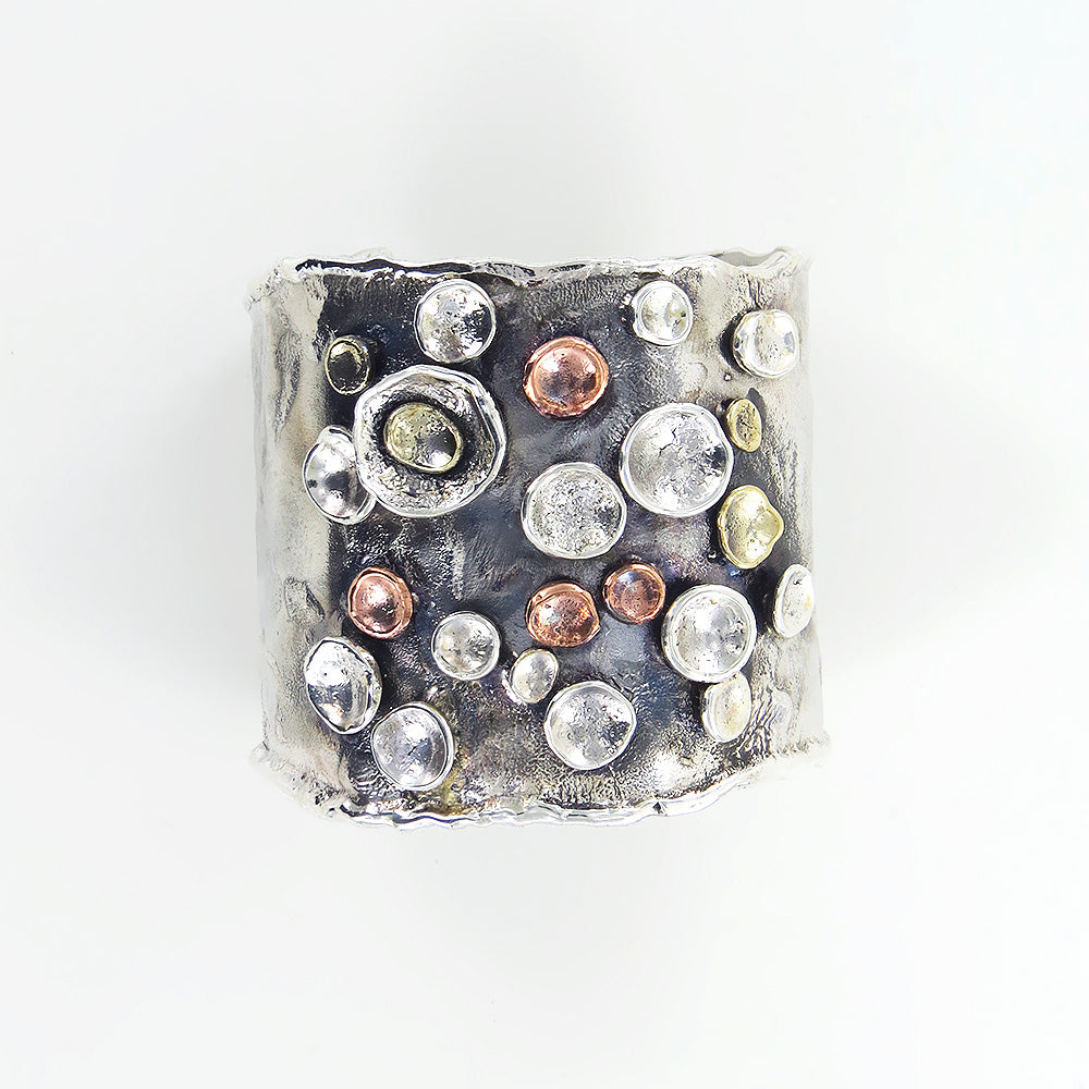 WIDE PEBBLES ON THE BEACH CUFF BRACELET