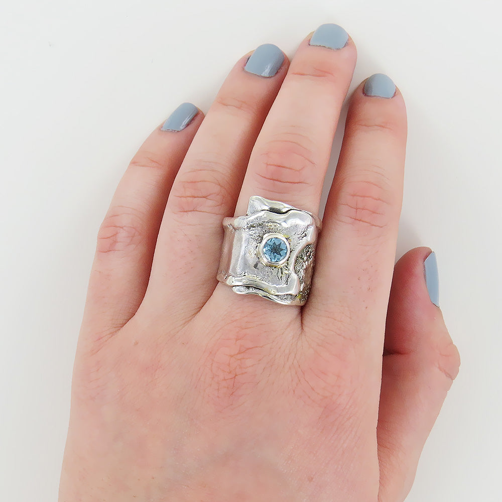 BLUE TOPAZ FOLD RING