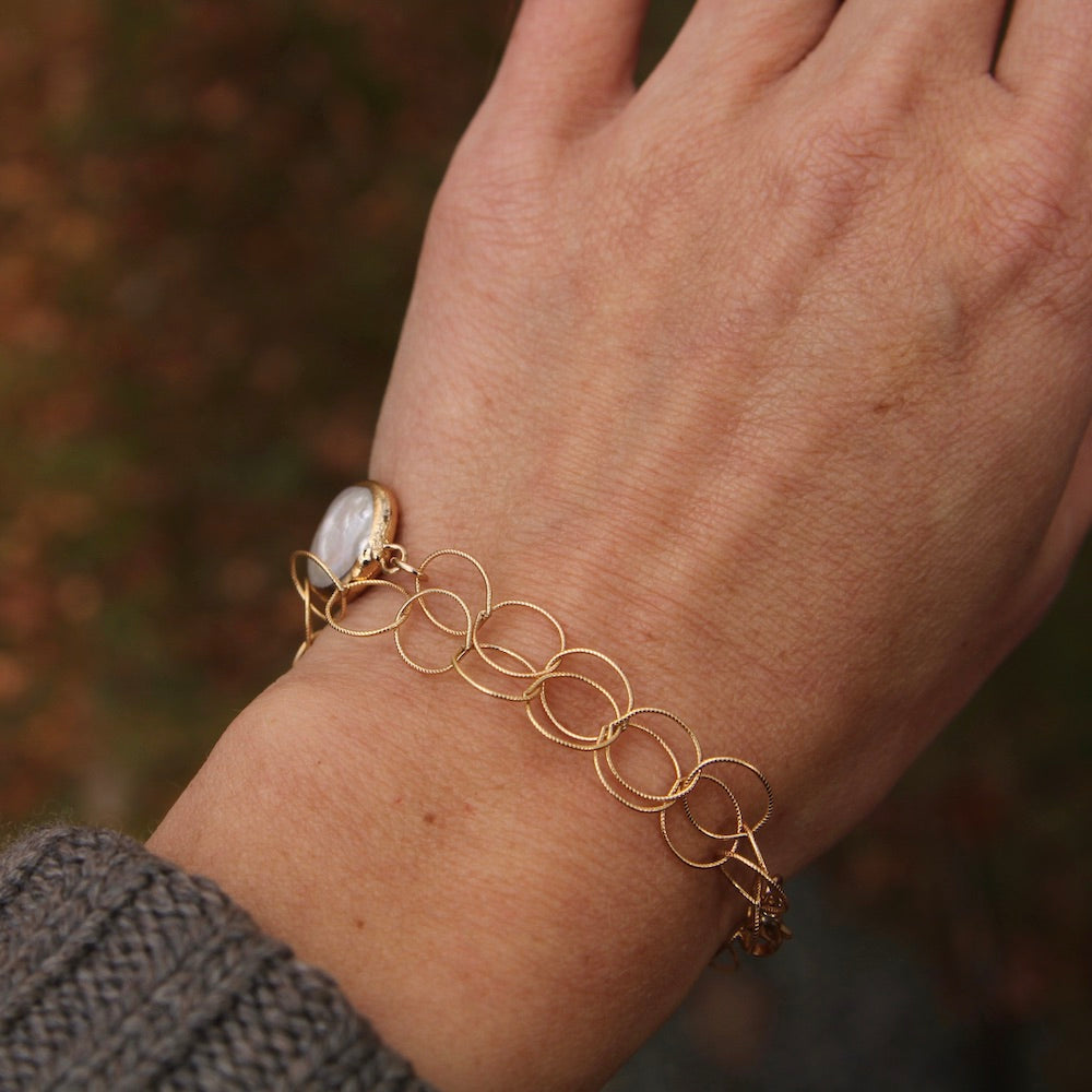 Gold Linky Chain Bracelet