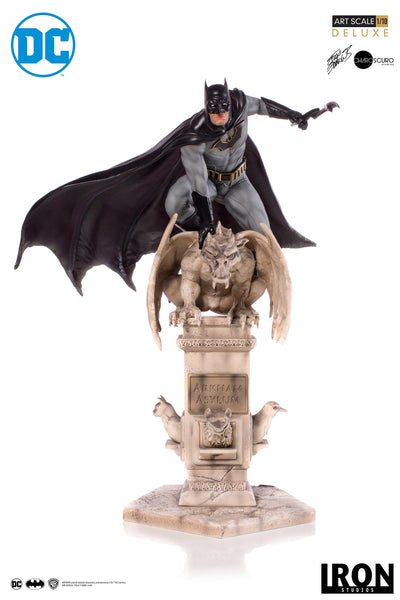 Batman Deluxe Art Scale 1/10 - by Eddy Barrows (EXCLUSIVE VERSION) - Iron Studios
