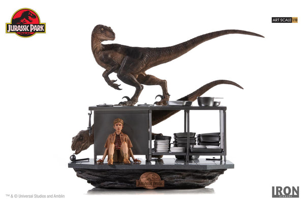 Velociraptors in the Kitchen Diorama Art Scale 1/10 - Jurassic Park [SRP $399.99 - Pre-order 10% SRP] - Iron Studios