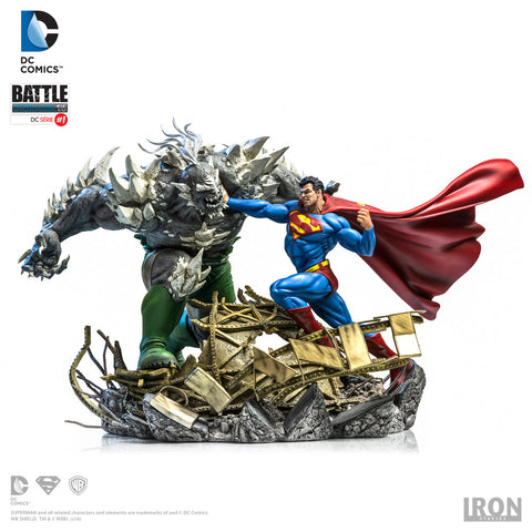 Superman VS Doomsday 1/6 Battle Diorama - By Ivan Reis - Iron Studios