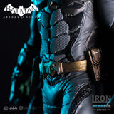 Batman Deluxe Art Scale 1/10 - Batman: Arkham Knight (Exclusive) - Iron Studios