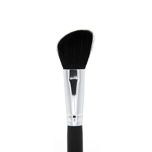 C104 Angle Blush Brush Crownbrush