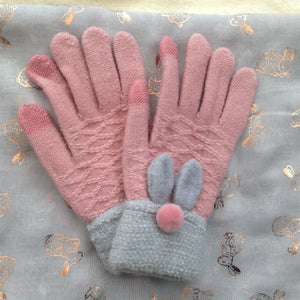 Luxury Ladies Scarf & Gloves Bunny Rabbits Gift Box