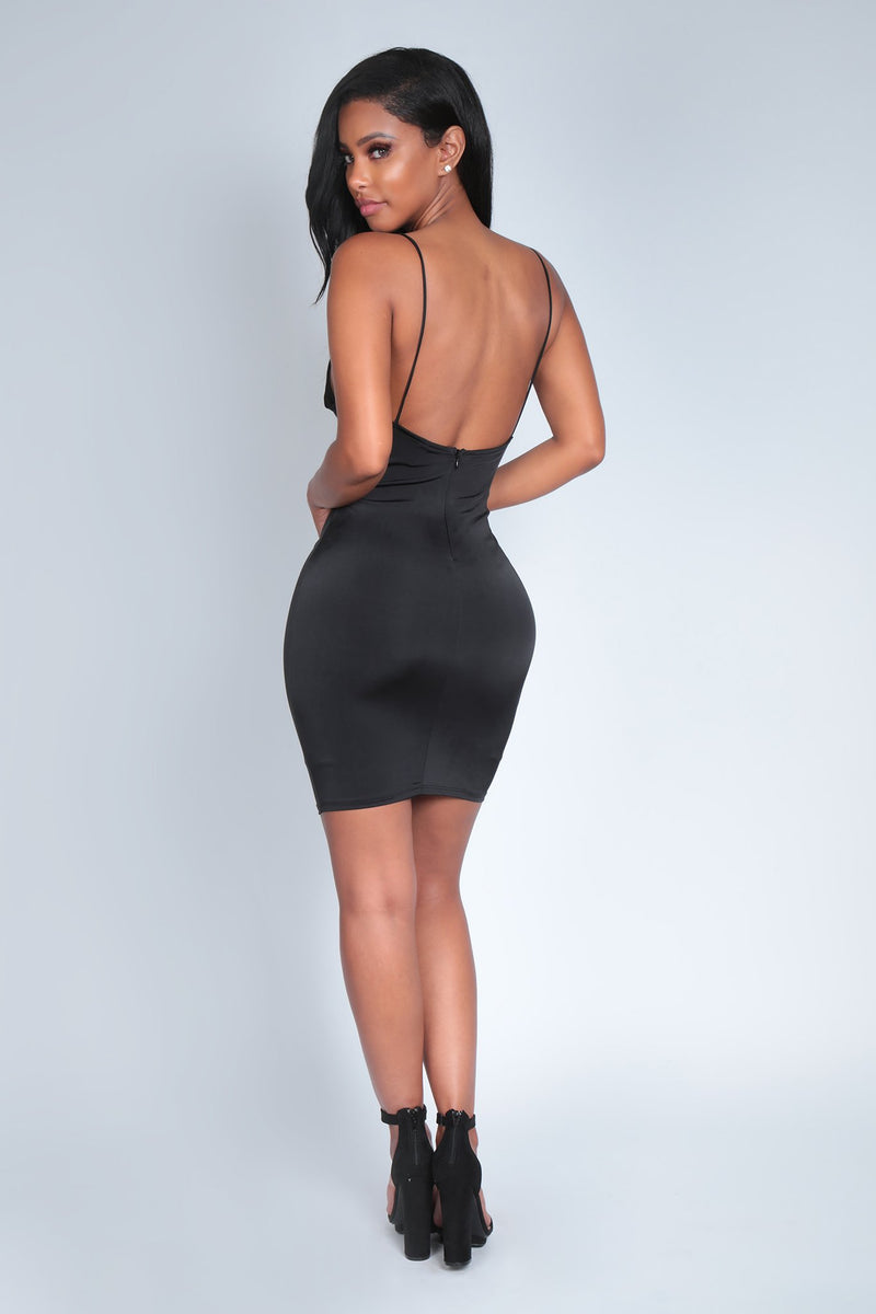 HOT PURSUIT DRESS | BLACK