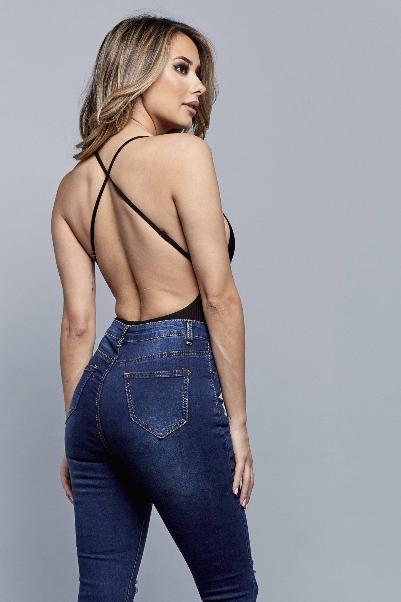 SEXY BACK BODYSUIT | BLACK