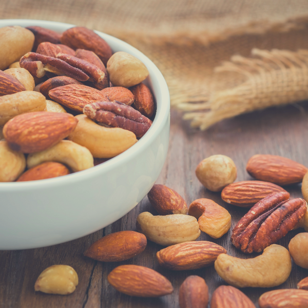 Nutrients in Nuts and Peanuts