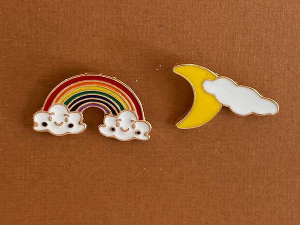 Enamel pin - Rainbow and Moon