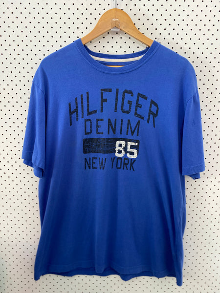 0867 Tommy Hilfiger tee