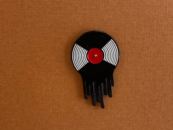 Enamel pin - Record