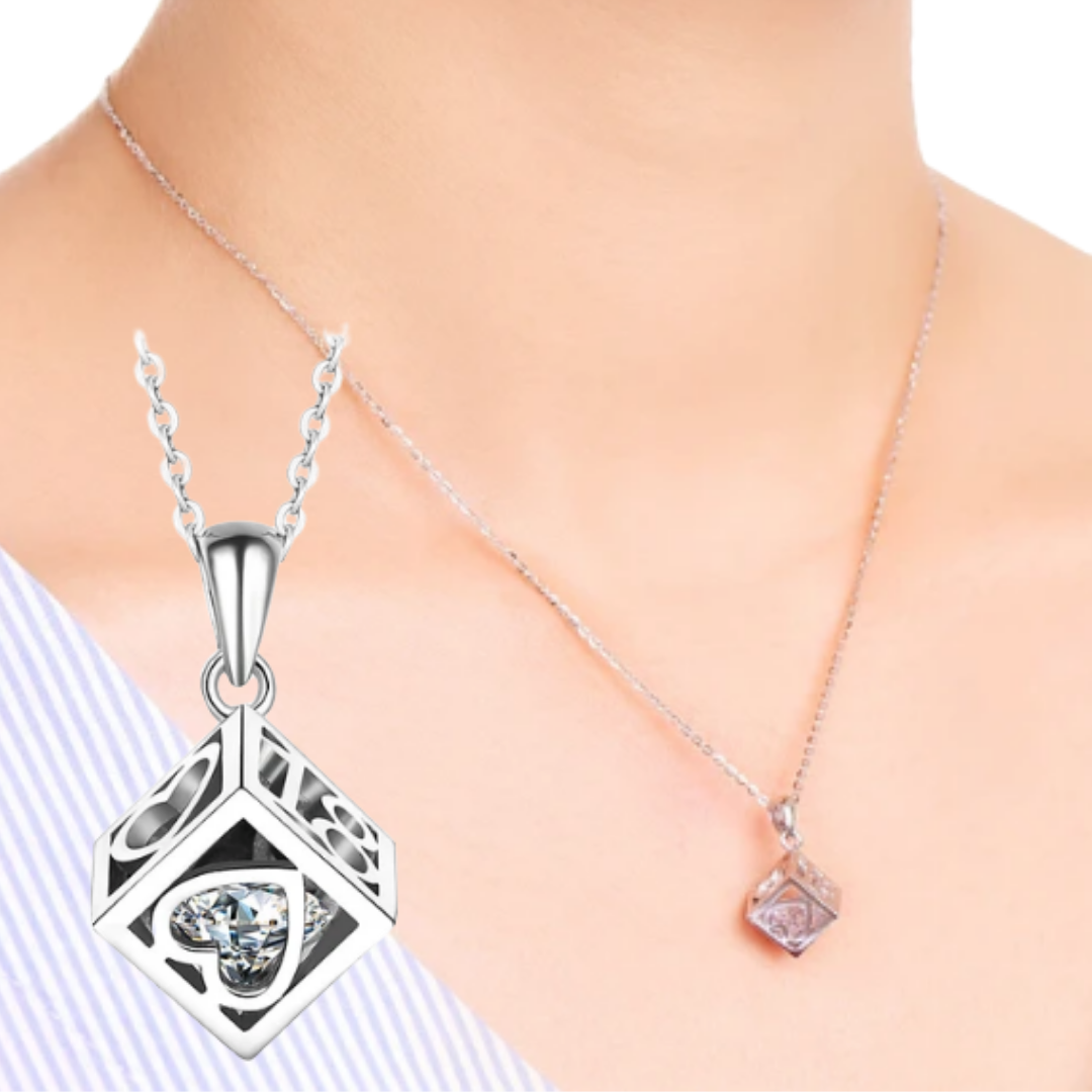 Sweet 18 Moving Gem HeartBox Necklace (T406-SS)