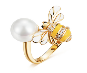 Bee in pearl ring (SBSR017)