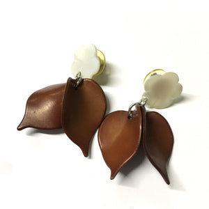 Brown Petal Shell Mother of Pearl Earrings