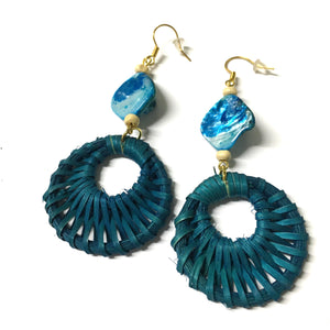 Shell Mother of Pearl Rattan Blue Earrings