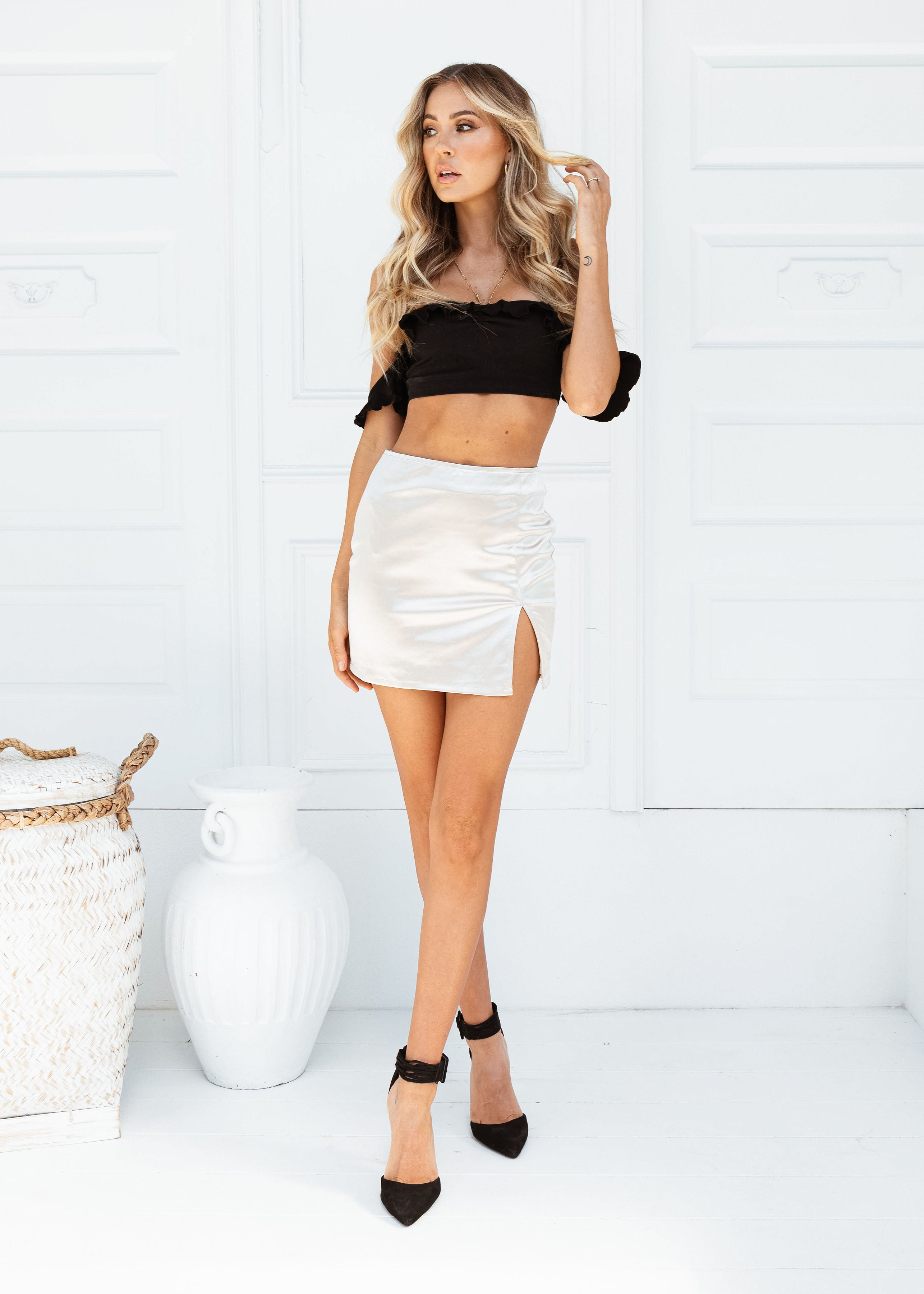 VALENCIA MINI SKIRT - Sista Somewhere