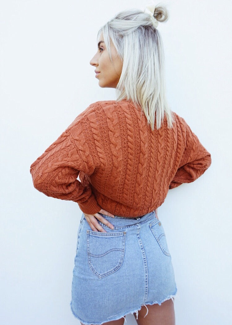 FAR FROM THE SUN KNITTED TOP