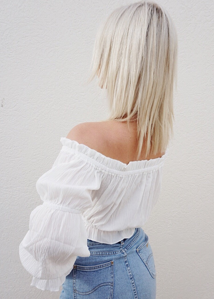 COMMING HOME CROP TOP - WHITE