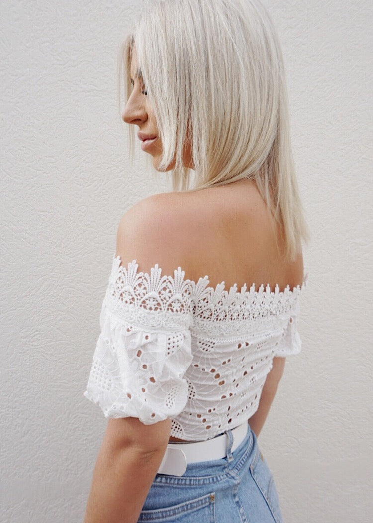 ZENNIA CROP TOP - WHITE