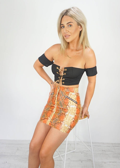 FEEL THE HEAT MINI SKIRT