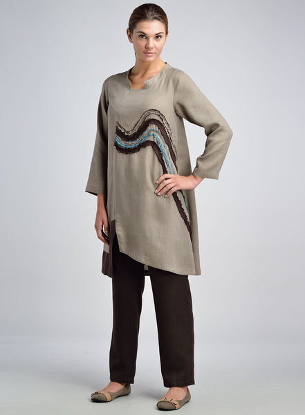 Long tunic with full length sleeves