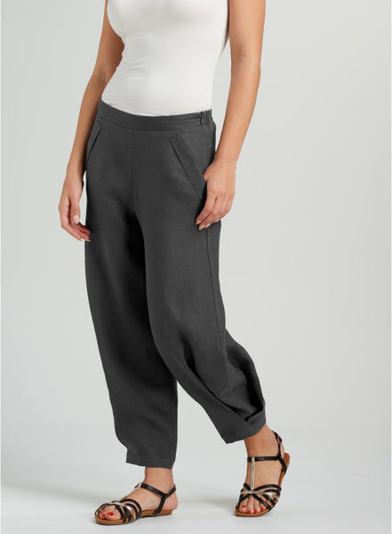 Grey linen pants with details