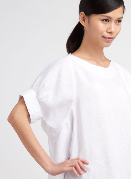 Dolman sleeves linen blouse in white color for beach wedding