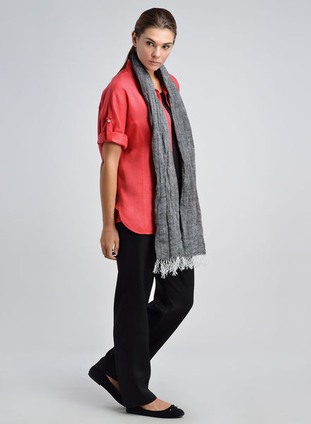 Women linen shirt in red color