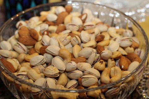 Nuts, Source to heal prevent Hiar loss