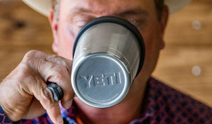 "YETI ""Rambler"" 20oz Tumbler - Handle"