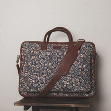FloMotif Combo - Laptop Bag & Chain Wallet