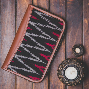 Ikat MaroWave Chain Wallet