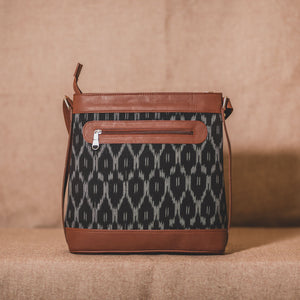 BlckMesh Bucket Sling Bag