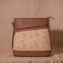 Daisybush Bucket/Sling Bag