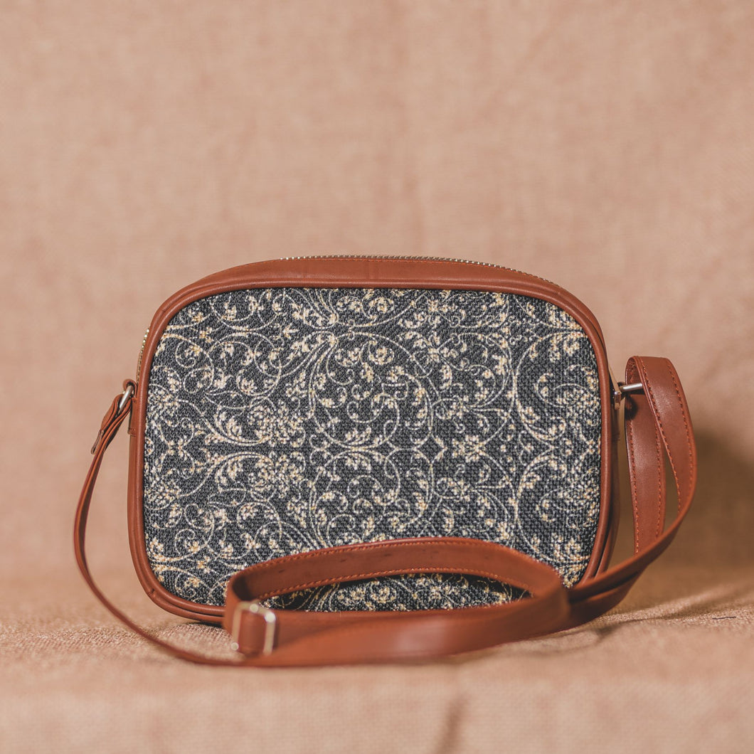 Zouk Lattice Lace Sling Bag