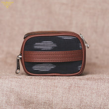 Travel Kit - Ikat Striped Black(Side)