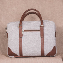 Load image into Gallery viewer, Messenger - Sea Shell Laptop Bag