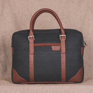 Messenger - Jet Black Laptop Bag