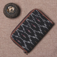 Load image into Gallery viewer, Classic Zipper Wallet - Ikat Black Multi Maze